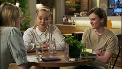 Mackenzie Hargreaves, Harlow Robinson, Brent Colefax in Neighbours Episode 8563