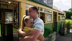 Roxy Willis, Kyle Canning in Neighbours Episode 8566