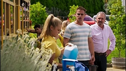 Levi Canning, Roxy Willis, Sheila Canning, Kyle Canning, Karl Kennedy in Neighbours Episode 8566