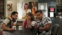 David Tanaka, Nicolette Stone, Fay Brennan, Chloe Brennan, Aaron Brennan in Neighbours Episode 8567