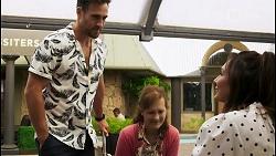 Aaron Brennan, Fay Brennan, Dipi Rebecchi in Neighbours Episode 8567