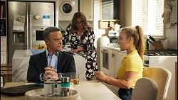 Paul Robinson, Terese Willis, Roxy Willis in Neighbours Episode 8567