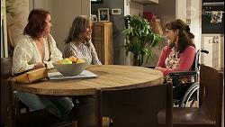 Nicolette Stone, Jane Harris, Fay Brennan in Neighbours Episode 8568
