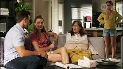 Aaron Brennan, Chloe Brennan, Fay Brennan, Nicolette Stone in Neighbours Episode 8568