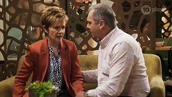 Susan Kennedy, Karl Kennedy in Neighbours Episode 8572