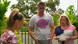Chloe Brennan, Kyle Canning, Sheila Canning in Neighbours Episode 8574