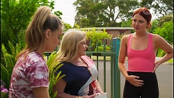 Chloe Brennan, Sheila Canning, Nicolette Stone in Neighbours Episode 8574