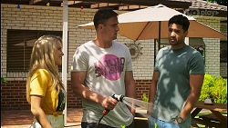 Roxy Willis, Kyle Canning, Levi Canning in Neighbours Episode 8575