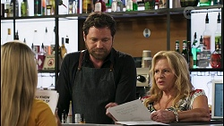 Roxy Willis, Shane Rebecchi, Sheila Canning in Neighbours Episode 8575