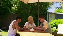 Levi Canning, Roxy Willis, Kyle Canning in Neighbours Episode 8575