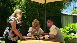 Sheila Canning, Roxy Willis, Kyle Canning in Neighbours Episode 8576