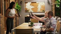 Yashvi Rebecchi, Mackenzie Hargreaves, Toadie Rebecchi in Neighbours Episode 8577