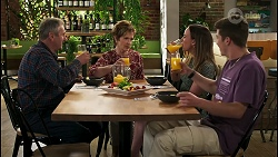 Karl Kennedy, Susan Kennedy, Bea Nilsson, Hendrix Greyson in Neighbours Episode 8577
