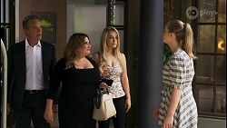 Paul Robinson, Terese Willis, Roxy Willis, Harlow Robinson in Neighbours Episode 8579