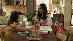 Nell Rebecchi, Dipi Rebecchi, Hugo Somers in Neighbours Episode 8581