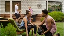 Kyle Canning, Bea Nilsson, Sheila Canning, Levi Canning in Neighbours Episode 8582