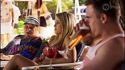 Sheila Canning, Roxy Willis, Kyle Canning in Neighbours Episode 8583