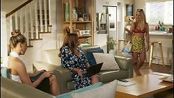 Chloe Brennan, Terese Willis, Roxy Willis in Neighbours Episode 8583