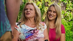 Kyle Canning, Sheila Canning, Roxy Willis in Neighbours Episode 8583