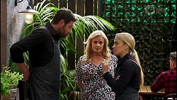 Shane Rebecchi, Sheila Canning, Roxy Willis in Neighbours Episode 8587