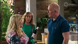 Sheila Canning, Jane Harris, Clive Gibbons in Neighbours Episode 8588