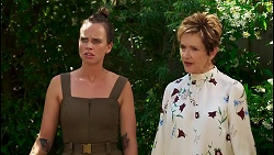 Bea Nilsson, Susan Kennedy in Neighbours Episode 8589