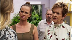 Olivia Bell, Bea Nilsson, Karl Kennedy, Susan Kennedy in Neighbours Episode 8590