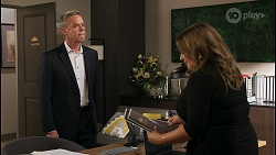 Paul Robinson, Terese Willis in Neighbours Episode 8590