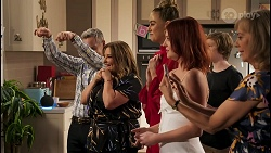 Paul Robinson, Terese Willis, Chloe Brennan, Nicolette Stone, Emmett Donaldson, Jane Harris in Neighbours Episode 8591