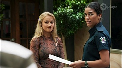 Roxy Willis, Yashvi Rebecchi in Neighbours Episode 8592