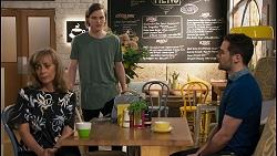 Jane Harris, Brent Colefax, Curtis Perkins in Neighbours Episode 8597