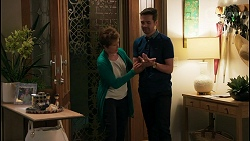 Susan Kennedy, Curtis Perkins in Neighbours Episode 8598