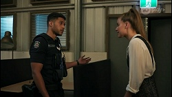 Levi Canning, Chloe Brennan in Neighbours Episode 8598