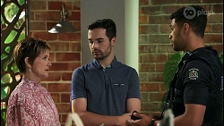 Susan Kennedy, Curtis Perkins, Levi Canning in Neighbours Episode 8598