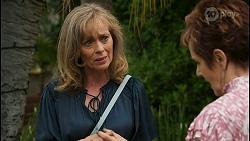 Jane Harris, Susan Kennedy in Neighbours Episode 8599