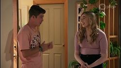 Hendrix Greyson, Mackenzie Hargreaves in Neighbours Episode 8600