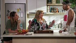 Bea Nilsson, Sheila Canning, Levi Canning in Neighbours Episode 8601