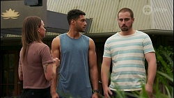 Bea Nilsson, Levi Canning, Kyle Canning in Neighbours Episode 8606