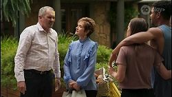 Karl Kennedy, Susan Kennedy, Bea Nilsson, Levi Canning in Neighbours Episode 8606