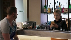 Kyle Canning, Roxy Willis in Neighbours Episode 8608