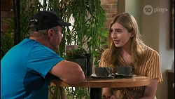 Karl Kennedy, Mackenzie Hargreaves in Neighbours Episode 8608