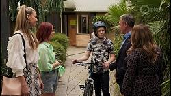 Chloe Brennan, Nicolette Stone, Emmett Donaldson, Paul Robinson, Terese Willis in Neighbours Episode 8609