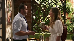 Toadie Rebecchi, Harlow Robinson in Neighbours Episode 8610