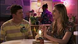 Hendrix Greyson, Mackenzie Hargreaves in Neighbours Episode 8611