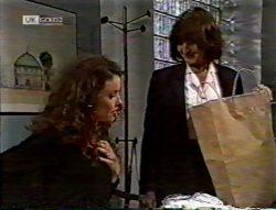 Gaby Willis, Pam Willis in Neighbours Episode 2132