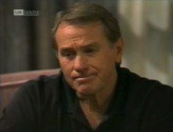 Doug Willis in Neighbours Episode 2143