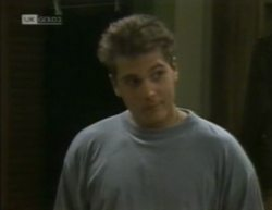 Mark Gottlieb in Neighbours Episode 2144