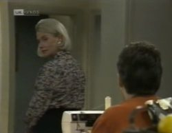 Helen Daniels, Michael Martin in Neighbours Episode 2144