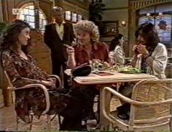 Gaby Willis, Lou Carpenter, Cheryl Stark, Pam Willis in Neighbours Episode 2145