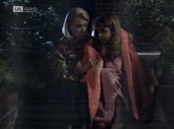 Helen Daniels, Hannah Martin in Neighbours Episode 2153